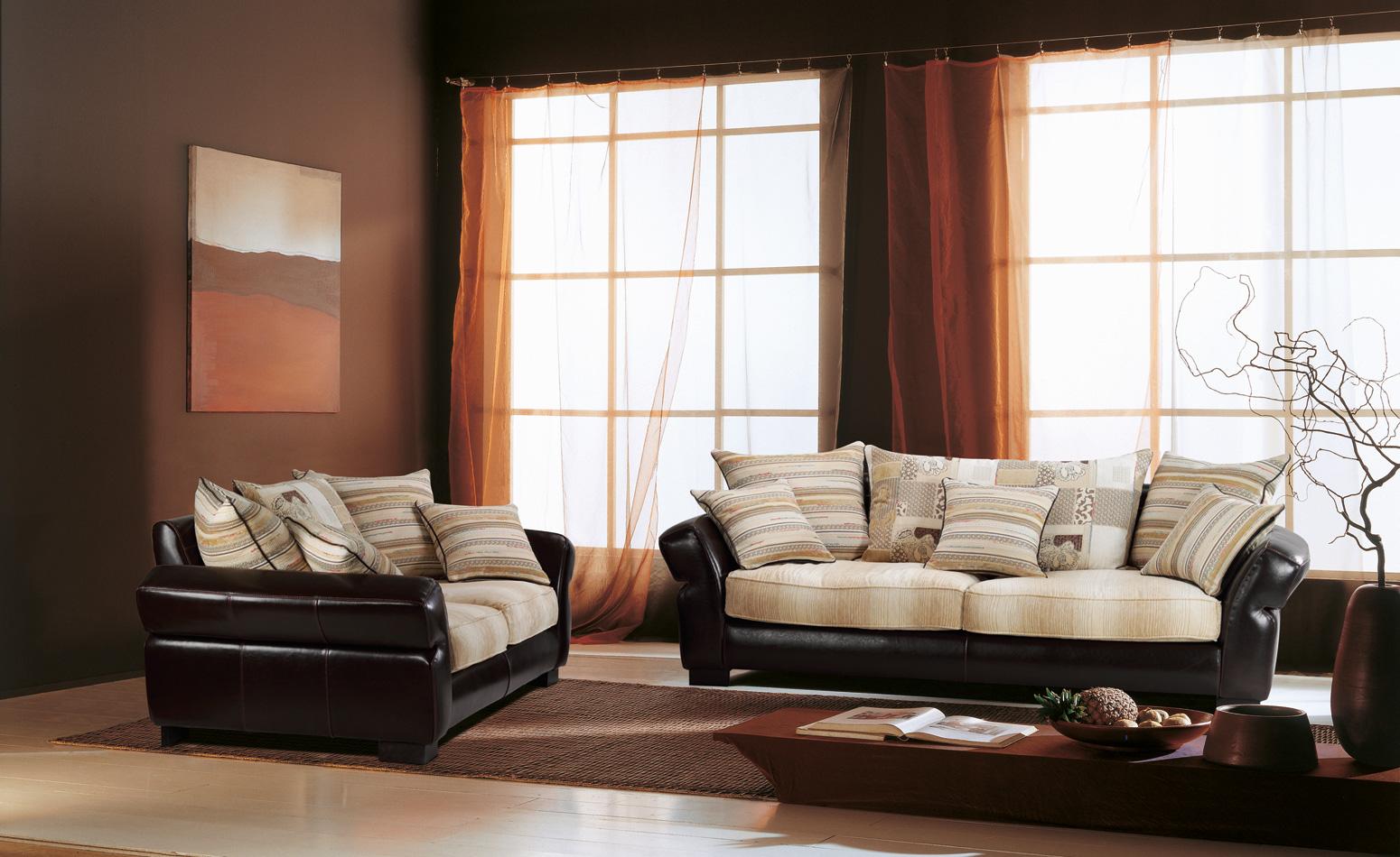 Divani In Pelle E Tessuto : Parma divani produzione e vendita divani poltreone divani